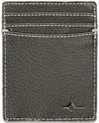 Buxton - Men's Rfid Wallet & Universal Power Bank - Lyst