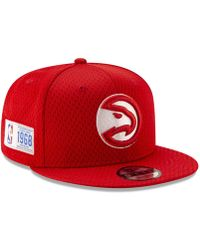 brand new d4843 28d70 KTZ - Atlanta Hawks Jock Tag 9fifty Snapback Cap - Lyst