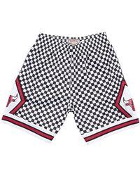 Mitchell & Ness - Chicago Bulls Checked Swingman Short - Lyst