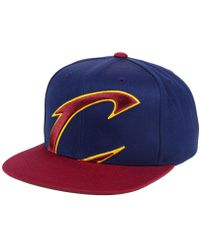 low priced d0759 598fb Men s Mitchell   Ness Hats - Lyst