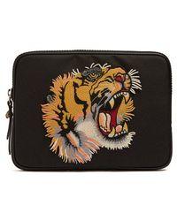 Tiger-appliqué pouch Gucci LKMiyJcc