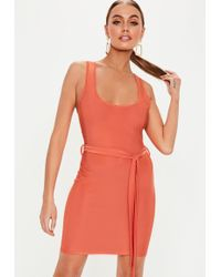 24c4f97ab9b3 Missguided Kesari Coral Plunge Neck Bodycon Mini Dress in Pink - Lyst