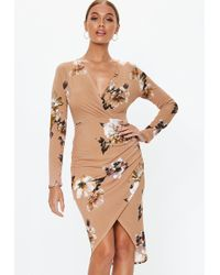 c62f530e9f Missguided - Nude Plunge Wrap Floral Midi Dress - Lyst