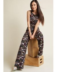 Collectif - Horticulture Chic Sleeveless Jumpsuit - Lyst