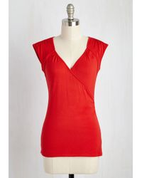 East Concept Fashion Ltd - Seemingly Sew Top In Cherry - Lyst