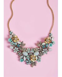 ModCloth - The Flowers That Be Statement Necklace In Mint - Lyst