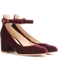 ef54287475b Gianvito Rossi - Greta Mid Velvet Court Shoes - Lyst