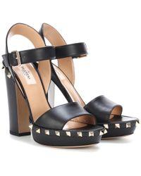 Valentino - Garavani Rockstud Leather Plateau Sandals - Lyst