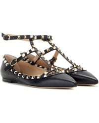 Valentino - Rockstud Grained Leather Cage Flats - Lyst