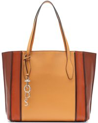 a063a28d842 Tod's Cape Medium Calf-Leather Tote in Brown - Lyst