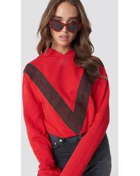 NA-KD - V Striped Hoodie Red - Lyst