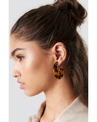 NA-KD - Resin Look Hoop Earrings Tortoise - Lyst