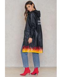 NA-KD - Set On Fire Rain Coat Black - Lyst