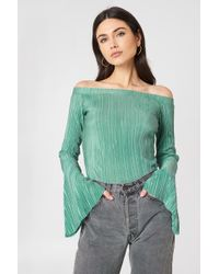 NA-KD - Pleated Off Shoulder Top Duck Green - Lyst
