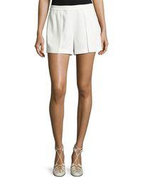 Alice + Olivia | Larissa Single-pleat Shorts | Lyst