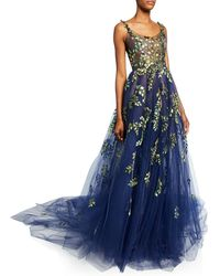 Oscar de la Renta Structured Gown With Botanical Embroidery