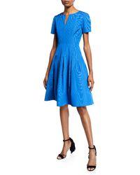 Oscar de la Renta - Short-sleeve Wave Moire Faille Cocktail Dress - Lyst