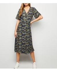 8044b387c5f35 New Look Petite Burgundy Camo Print Midi Shirt Dress - Lyst
