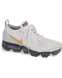 e4d3d20df83 Lyst - Nike Air Vapormax Flyknit 2 Running Shoe in Pink