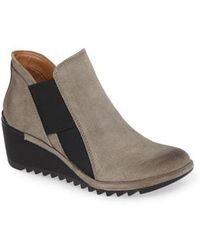 Comfortiva - Altair (pietra Grey Oiled Cow Suede) Women's Shoes - Lyst