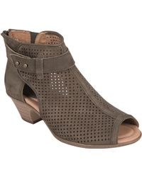 Earth - Intrepid Perforated Nubuck Boots - Lyst