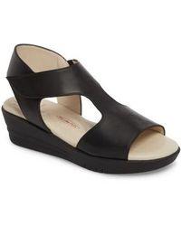 Amalfi by Rangoni | Gabby Platform Sandal | Lyst