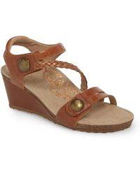 Aetrex - 'naya' Wedge Sandal - Lyst