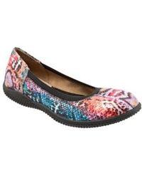 Softwalk - Softwalk 'hampshire' Dot Perforated Ballet Flat - Lyst