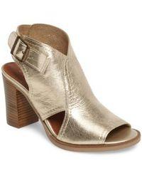Bella Vita | Viv Block Heel Sandal | Lyst