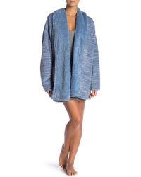 Hue - Patterned Fleece Faux Shearling Lined Robe - Lyst