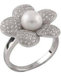 Splendid - 5-6mm White Freshwater Pearl Micropave Flower Ring - Lyst