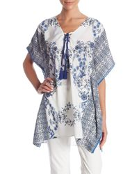 Romeo and Juliet Couture - V-neck Floral Print Blouse - Lyst