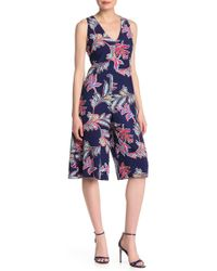 Laundry by Shelli Segal - Printed V-neck Wide-leg Cropped Jumpsuit - Lyst