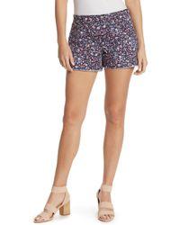 Hue - Floral Frayed Hem Denim Shorts - Lyst