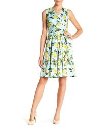 Chetta B - Surplice V-neck Lemon Print Dress - Lyst