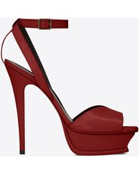 8369ef7bd549 Lyst - Gucci Molina Lips-embroidered Leather Sandals