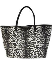 Givenchy - Auth Leopard Print Antigona Totebag Shoulderbag Canvas Black  White - Lyst 53340cd0eb