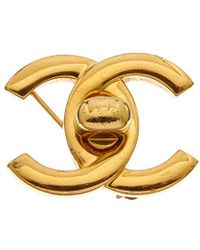 Chanel - Gold-tone Medium Cc Turnlock Pin - Lyst