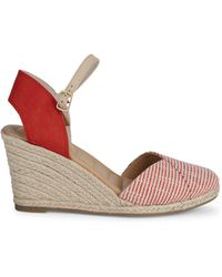 Me Too - Brenna Envelope Wedge Sandals - Lyst