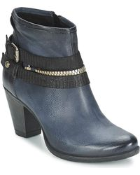 Dream in Green - Nabih Women's Low Ankle Boots In Blue - Lyst
