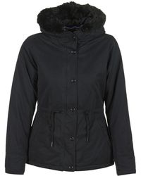 Bench - Padded Jkt With Fur Linning Women's Parka In Black - Lyst