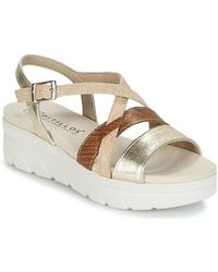 Pitillos - Mano Women's Sandals In Gold - Lyst