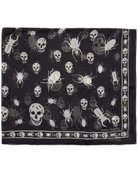Alexander McQueen Foulard noir Scarab Skulls