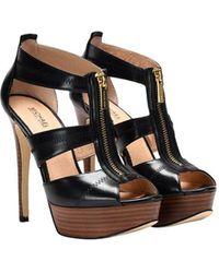 10975c1d345 Michael Kors Shoes For Women in Black - Lyst