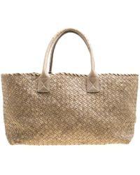 de725dd50f9e Bottega Veneta - Stone Ostrich Intrecciato Leather Medium Limited Edition  Cabat Tote - Lyst
