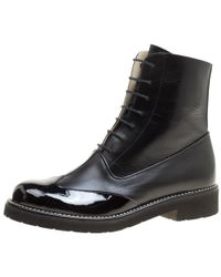 Chanel - Leather Wing Tip Detail Cc Lace Up Platform Ankle Boots - Lyst