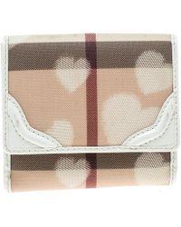 Burberry - Nova Check Pvc Heart Compact Wallet - Lyst