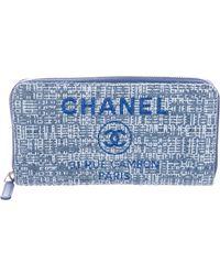 Chanel - 2018 Deauville Zip Wallet Blue - Lyst