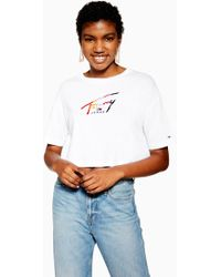 a7284b23 Lyst - Tommy Hilfiger Tommy Jeans Women's Cropped Logo T-shirt in White