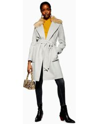 f0d17aefc911 TOPSHOP - Belted Faux Fur Collar Coat - Lyst